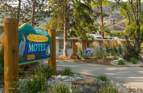 Holiday Beach Resort in OK Falls